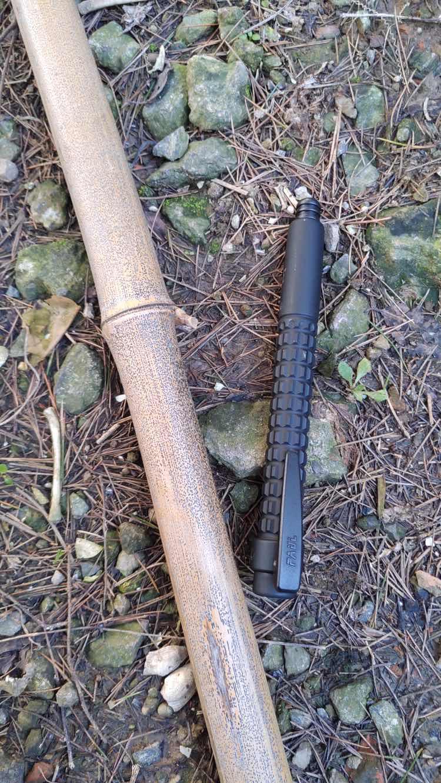 弘安保罗完美机械特工试用:手中有棍,心里不慌。