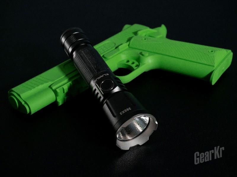 战术照明好帮手——KLARUS 360X3战术手电评测