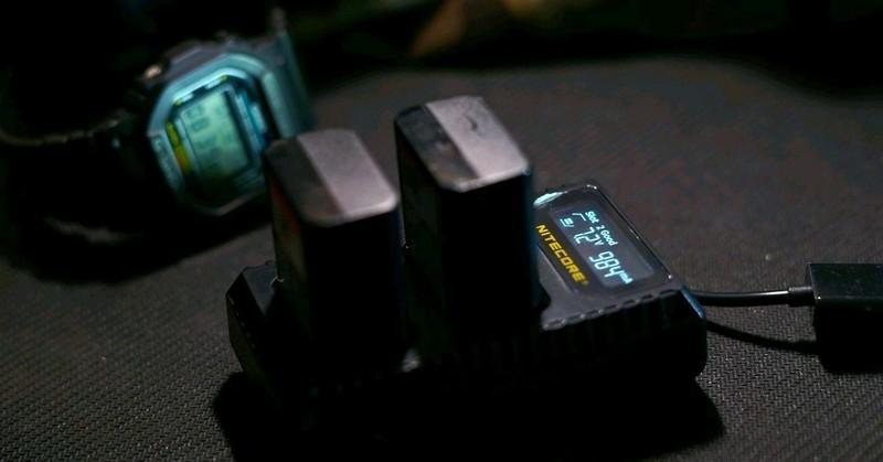 解放摄影包重量小能手——NITECORE USB旅行摄影充电器 USN1型号测评