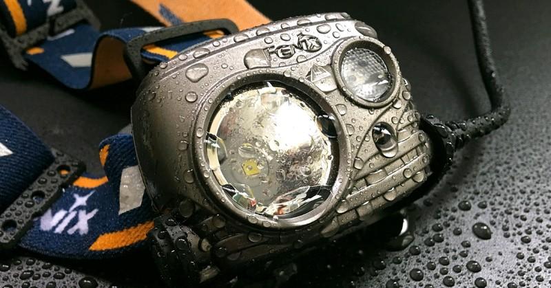 菲尼克斯18650头灯HP25R试用评测