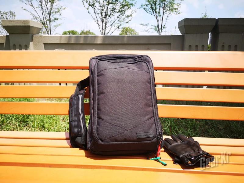 城市通勤+轻商务之必备优品—NEB30 COMMUTER BAG